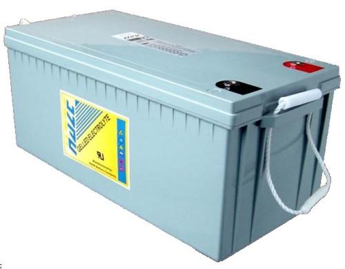 Аккумулятор Haze HZY12-200 (гелевый HZY 12-200) Герметизированная аккумуляторная батарея HZY12-200 производства HAZE (Англия - КНР) изготовлена по технологии GEL. 12 вольт, 200 Ач, срок службы в буферном режиме (режим без циклов разряда-заряда) 12 лет. Размер 520х240х220 мм. Вес 66 кг.